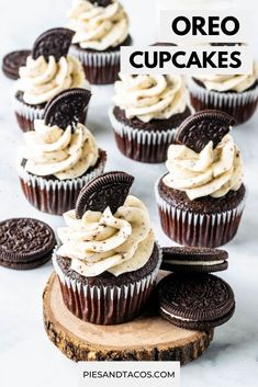 Chocolate Cupcakes topped with Cookies and Cream Frosting and homemade Oreo cookies. These Oreo Cupcakes are pure LOVE. Chocolate Cupcakes Decoration, Cupcakes Oreo, Cookie And Cream Cupcakes, Gourmet Cupcakes, Oreo Cake, Yummy Cupcakes, Cupcake Cookies, Flower Cupcakes, Strawberry Cupcakes