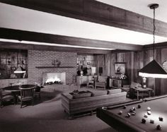 Mid-century modern living room, Thomas Hayes - Triangle Modernist Houses - America's Largest Archive of Residential Modernist Design