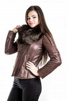 Winter Jackets, Fashion, Winter Coats, Moda, Winter Vest Outfits, Fasion, Fashion Illustrations, Fashion Models