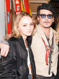 リリー=ローズ・デップ(Lily-Rose Melody Depp)、ジョニー・デップ(Johnny Depp)photo : AFLO