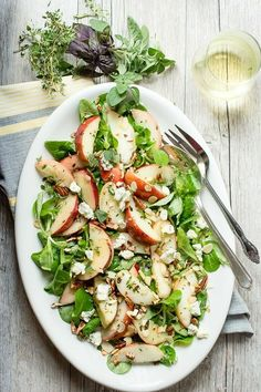 Peach Salad with Blue Cheese and Fresh Herbs | Recipe from  Foodness Gracious