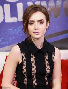 Lilly Collins eye makeup