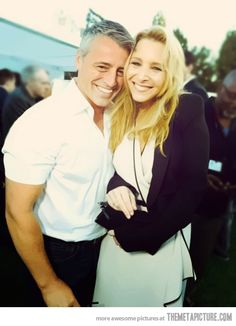 this picture makes me so happy joey and phoebe! <3 <3