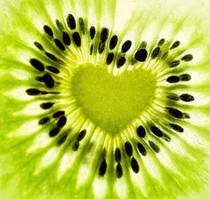 I love kiwi anyway. and this kiwi has a heart. I Love Heart, With All My Heart, Happy Heart, Crazy Heart, Heart In Nature, Heart Art, Foto Picture, Fotografia Macro, Conceptual Photography