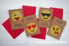 Cross Stitch Cards, Cross Stitching, Atc Cards, Marianne Design, Emoticon, Hama Beads, Needlepoint, Cross Stitch Patterns, Cardmaking
