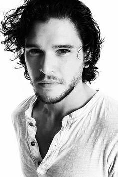 Kitt Harrington...Jon Snow. Game of Thrones.