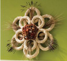 Straw Wreath How-To. Join straw wreaths with twine and add floral accents to make a big design statement. Mesh Wreaths, Holiday Wreaths, Thanksgiving Wreaths, Wreath Crafts, Diy Wreath, Art Club Projects, Garden Projects, Seasonal Decor, Fall Decor