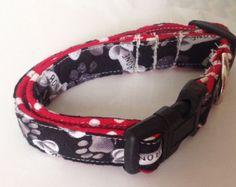 Black & White Male Dog Collar - Dog Bone Theme
