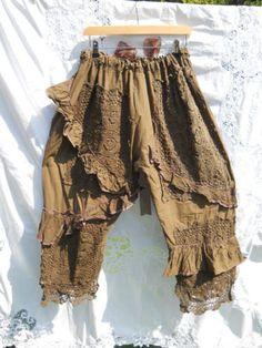 Coco Pearl Ruffle Lagenlook bloeiers broek broek door RitaNoTiara
