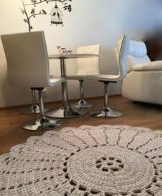 tapete de barbante croche na sala ambiente decorado circular branca nórdico escandinavo