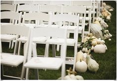 Pumpkin wedding inspiration ~ Autumn wedding ideas -- hopefully I remember to tell Sam about this! :D