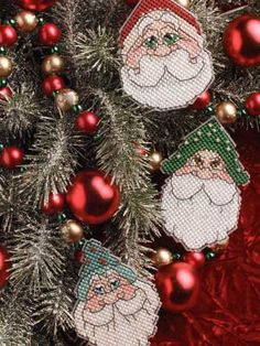 ~ Santa Ornaments - Plastic Canvas ~