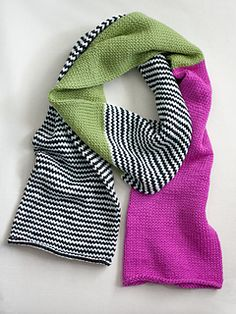 Color_6_colorblockscarf_flat_small2