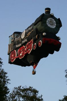 Hot-air Steam Train -- that would make you think twice about standing under it
