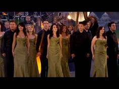 Celtic Woman - Fields Of Gold