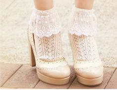I love a pair of socks and I especially love teaming them with a pair of heels. It adds a quirky essence to your whole image. Give this a try and give your foot fashion a make over.