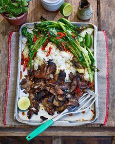 Vegetarian Cabbage, Vegetarian Recipes, Healthy Recipes, Vegan Soups, Chef Recipes, Healthy Meals, Vegan Vegetarian, Yummy Recipes, Fried Greens Recipe