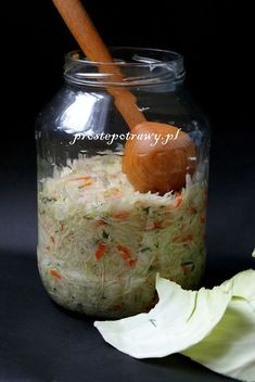 Proste Potrawy: Proste kiszenie kapusty Canning Recipes, Salad Recipes, Healthy Recipes, Cooking Restaurant, Meals In A Jar, Polish Recipes, No Cook Meals, Superfood, Food Hacks