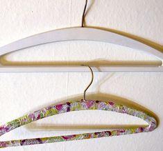 Upcycling Kleiderbügel / bunte und zuckersüße Bügel selber machen / Dekopatch (Mod Podge) und Serviettentechnik