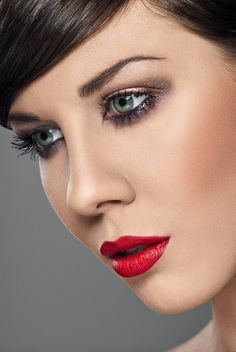 Close up of model's face. - www.captureimagery.co.uk