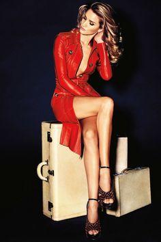 Rosie Huntington-Whiteley dans Vogue et Harper's Bazaar
