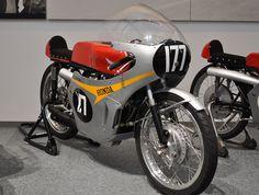 Honda 125 cc viertaktracers - Wikipedia