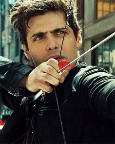 Alec Lightwood gif pictures) ⭐ Pictures for any occasion! Alec Lightwood, Isabelle Lightwood, Cassandra Clare, Matthew Daddario, Malec, Alec And Jace, Dominic Sherwood, Shadowhunters The Mortal Instruments, City Of Bones