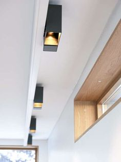 Se arkitektparets drøm av et kjøkken Ceiling Lights, Mirror, Lighting, Interior, Kitchen, House, Furniture, Home Decor, Bedrooms