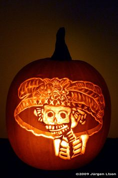 Google Image Result for http://bargainbabe.com/wp-content/uploads/2009/10/Halloween-pumpkin-carved-day-of-the-dead.jpg