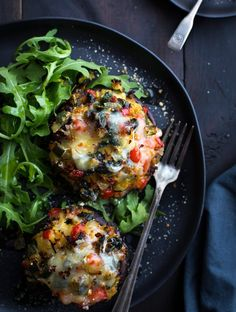 This may be the most delicious Vegetable Stuffed Portabella Mushrooms recipe! Healthy, easy and incredibly tasty! A Taste Love This may be the most delicious Vegetable Stuffed Portabella Mushrooms recipe! Healthy, easy and incredibly tasty! A Taste Love Veggie Recipes, Cooking Recipes, Healthy Recipes, Healthy Mushroom Recipes, Mexican Recipes, Portobello Mushroom Recipes, Chicken Recipes, Fennel Recipes, Vegetarian