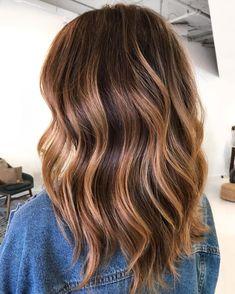 Brown Hair Cuts, Brown Hair Shades, Brown Hair With Blonde Highlights, Brown Hair Balayage, Hair Color Highlights, Light Brown Hair, Brown Hair Colors, Dark Hair, Partial Balayage Brunettes