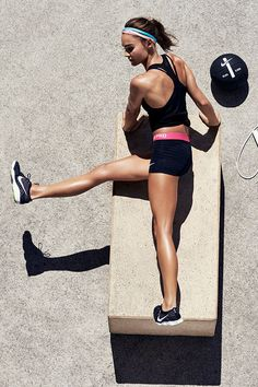 Add a new circuit to your rotation. Train your body for speed and power with the Zoom Fast workout by Nike Master Trainer Kirsty Godso.