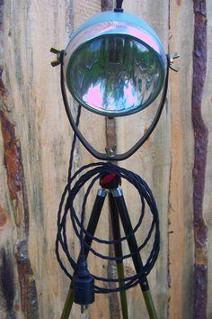 Motorrad Lampe Tripod Lamp Stehlampe Vintage Retro Shabby Art Deco Streamline Bauhaus Steampunk