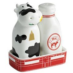 cow and milk salt and pepper shakers  love this!!
