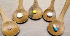 Le curcuma est un ingrédient naturel extrêmement bénéfique et constitue un remède alternatif pour de nombreuses maladies différentes. Il est souvent conseillé comme une variante naturelle de médicaments et de drogues car son utilisation a moins d'effets secondaires. Cependant, dans certains cas rares, le curcuma peut causer de graves effets négatifs sur la santé notamment …