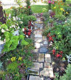 Yard of Flowers: A Garden Island Garden Paving, Garden Paths, Garden Junk, Yard Art, Amazing Gardens, Backyard Landscaping, Decoration, Outdoor Gardens, Garden Design