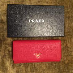 6b00cbaff5fb $445 on eBay new+free shipping Prada Bag, Leather Clutch, Clutch Wallet,