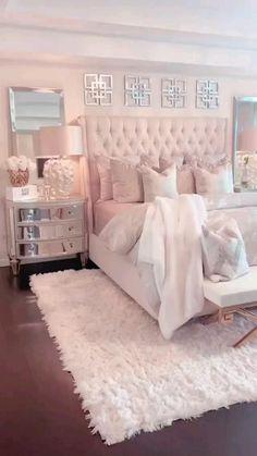 Bedroom Decor For Small Rooms, Bedroom Decor For Couples, Glam Bedroom, Couple Bedroom, Master Bedroom Design, Home Decor Bedroom, Bedroom Furniture, Fancy Bedroom, Stylish Bedroom
