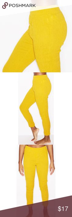 FOREVER 21 HAREM PANTS 100% rayon Stretch harem pants in the color mustard. Worn 1x!!!! Forever 21 Pants Ankle & Cropped
