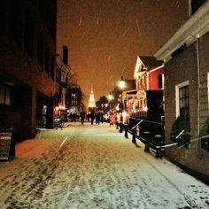 Snow in Harvard Square. DiscoverHarvardSquare.com