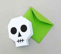 Carte en forme de crane en version imprimée et son enveloppe - tutoriel