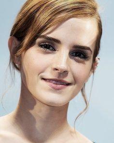 /r/EmmaWatson - For everything about the lovely and glorious Emma Watson. Harry Potter Film, Hermione Granger, Beautiful People, Beautiful Women, Emma Watson Beautiful, Ex Machina, British Actresses, Woman Crush, Beautiful Actresses