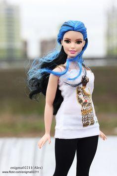 Barbie Fashionistas Curvy