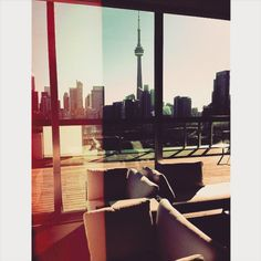 RAISE THE ROOF | We're taking in the beautiful skyline of Toronto from our rooftop bar. You should be here too. Photo: garethadamson