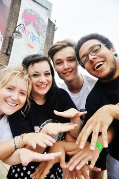 Summer Youth Project's Hairspray is a real gas (From Swindon Advertiser)
