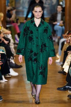 Erdem Fall 2019 Ready-to-Wear Collection - Vogue Fashion Week, Spring Fashion, Ladies Fashion, Vogue Paris, Lanvin, Erdem Moralioglu, Moda Chic, Vogue Russia, Fashion Show Collection