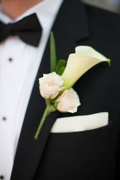 Calla lily and rose boutonniere Calla Lily Boutonniere, Lily Bouquet, Boutonnieres, Lily Wedding, Wedding Bouquets, Wedding White, Calla Lillies, Bridal Flowers, Real Weddings