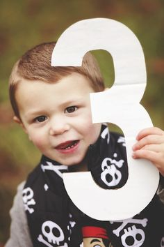 Pirate Themed Birthday Portraits, by Renee Marie Photography   Two Bright Lights :: Blog
