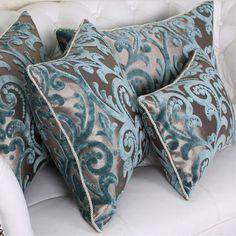 Modren 45 Beflockung Luxus Kissen / Plaid / Elegant / Flower / Home / Sofa / Vo . Moroccan Interiors, Moroccan Decor, Diy Pillows, Sofa Pillows, Elegant Living Room, Home Room Design, Diy Interior, Scatter Cushions, Soft Furnishings