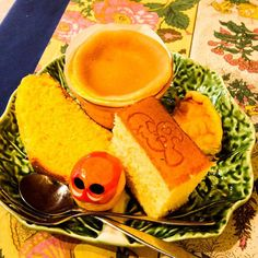 I experienced Portuguese sweets in Kyoto ! And Castella,too ☺️ Oh yumm #mizumushikun #kyoto #castella #portguese #sweets #portugal #pãodeló #yummy #foodie #confectionery